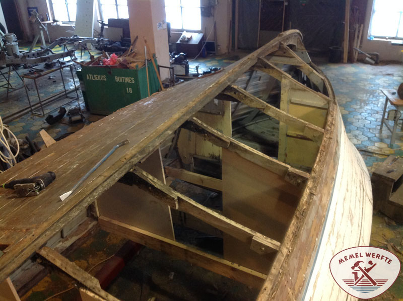 Custom wooden boat projects individual wood yacht design for Chris craft boat restoration